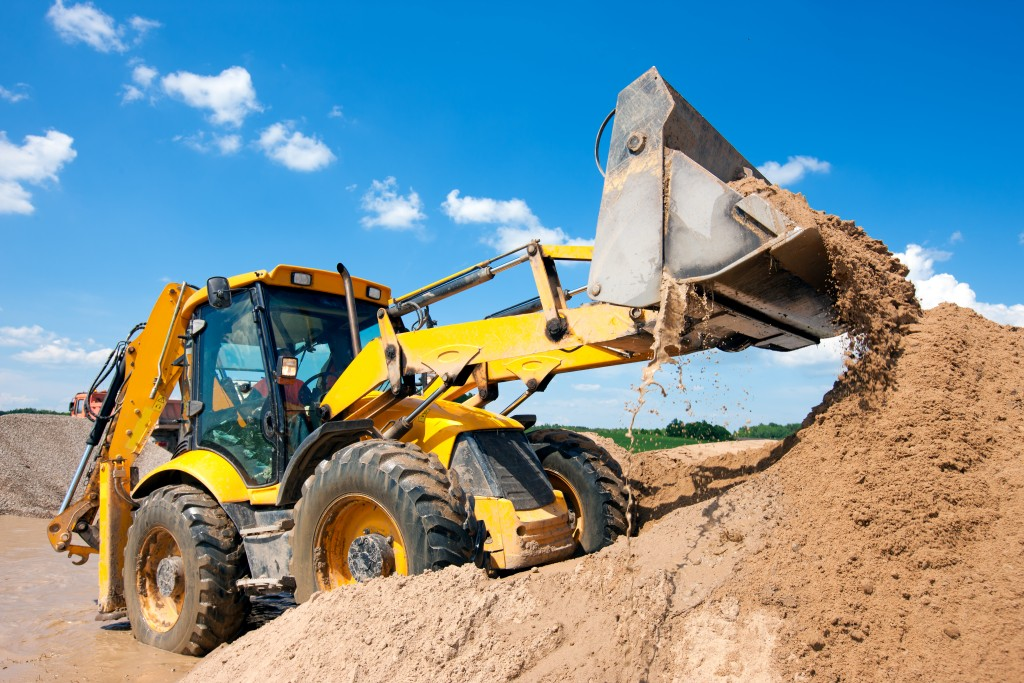 Tips on Renting Construction Equipment