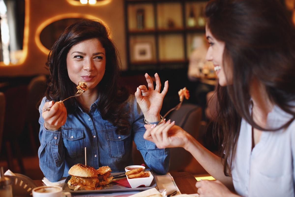 Girls eat restaurant